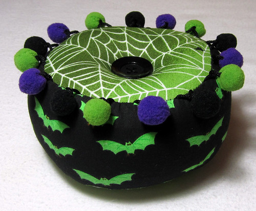 halloween pincushion side