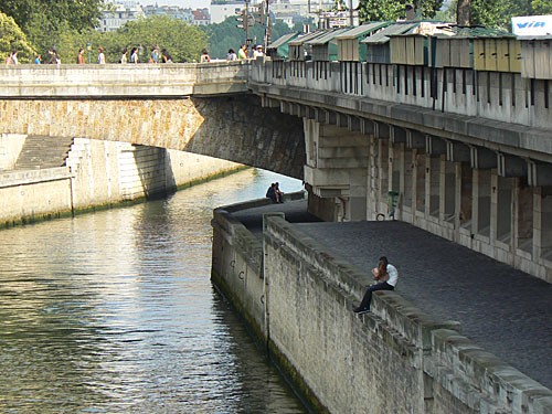 sous les ponts.jpg