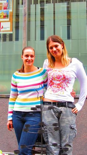 Hildegard Tommasini und Katharina Probst im Einsatz