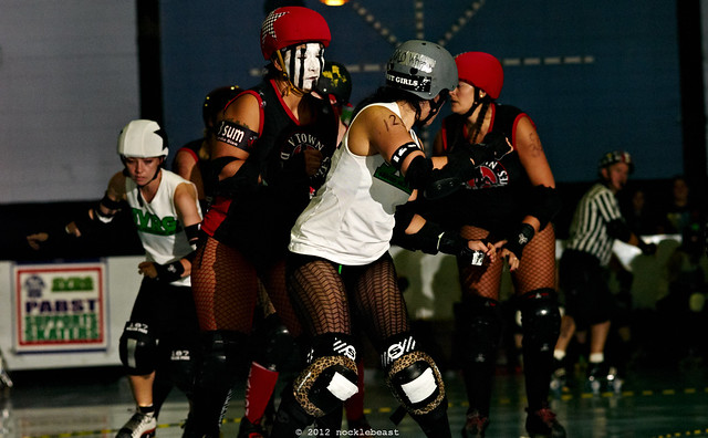 SVRG_dots_vs_VTown_Dames_L7024723