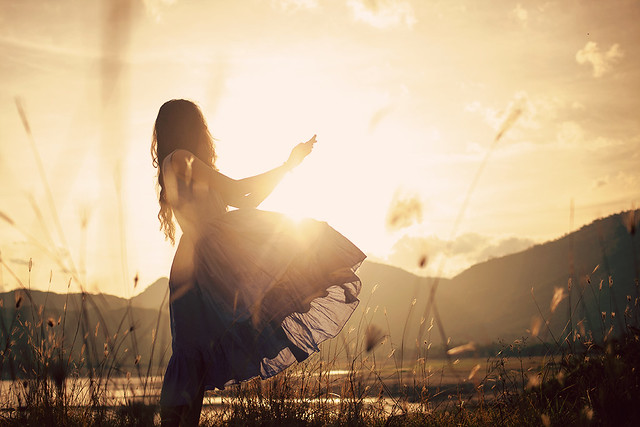 Dance with the sunlight