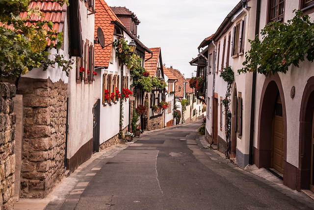 Straße in Hambach