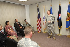 RDECOM leaders visit the Pacific