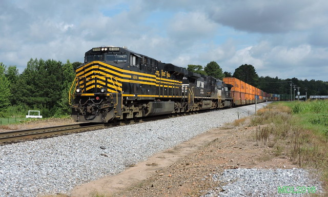 NS 8100 NKP HeriUnit NS Train 24Ein Waco, GA
