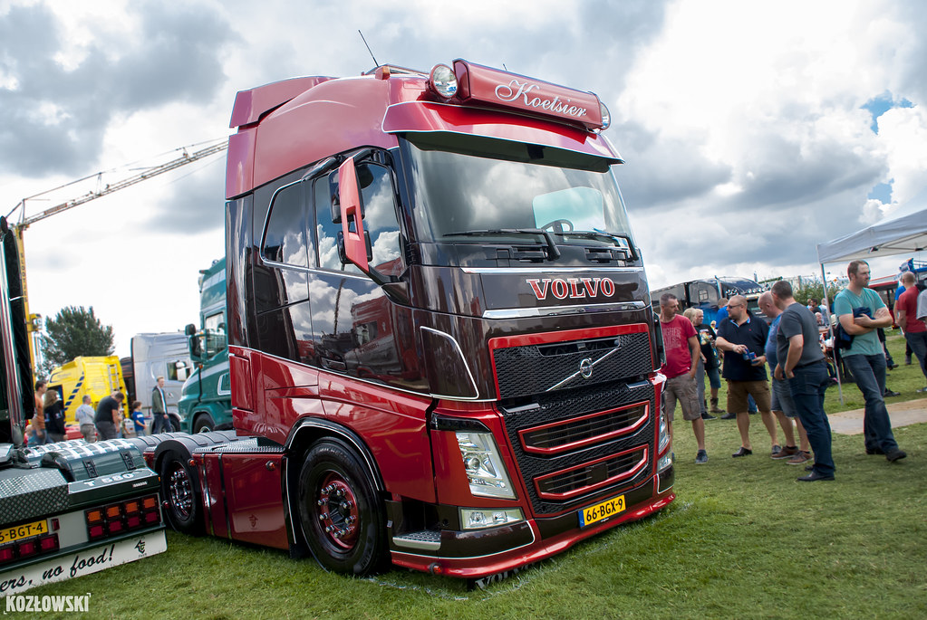 volvo fh4 koetsier nl a photo on flickriver. Black Bedroom Furniture Sets. Home Design Ideas
