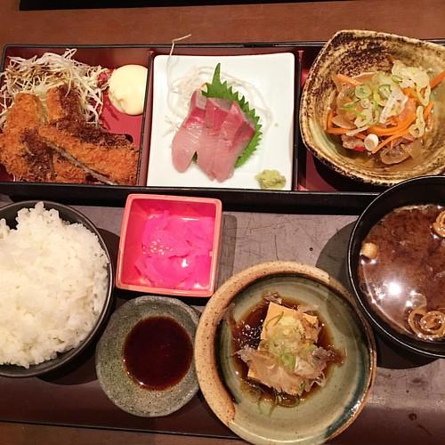 週替わり定食で乾杯!! #dinner #japan #japanese #japanesefood