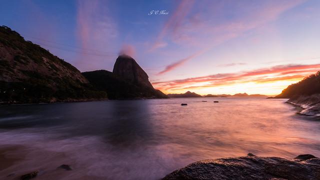 Ocean Life | Sunrise | Praia Vermelha