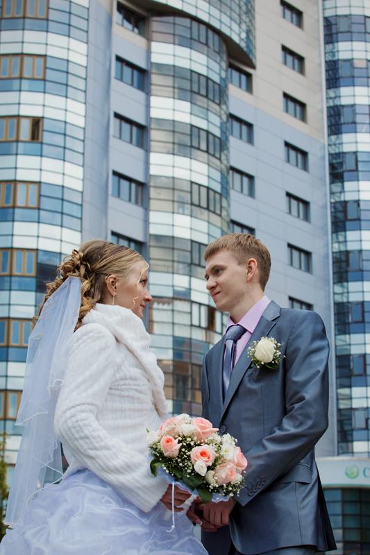 Свадебная прогулка молодоженов