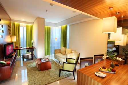 Green Living Room Suite