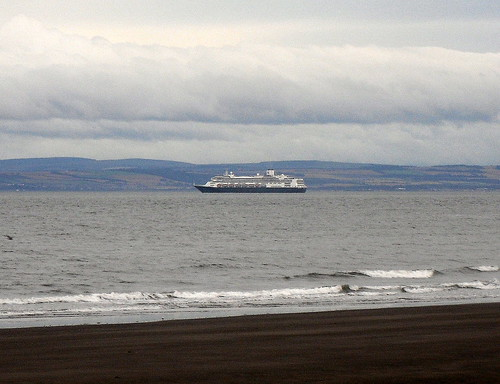 M S Rotterdam in the Firth of Forth