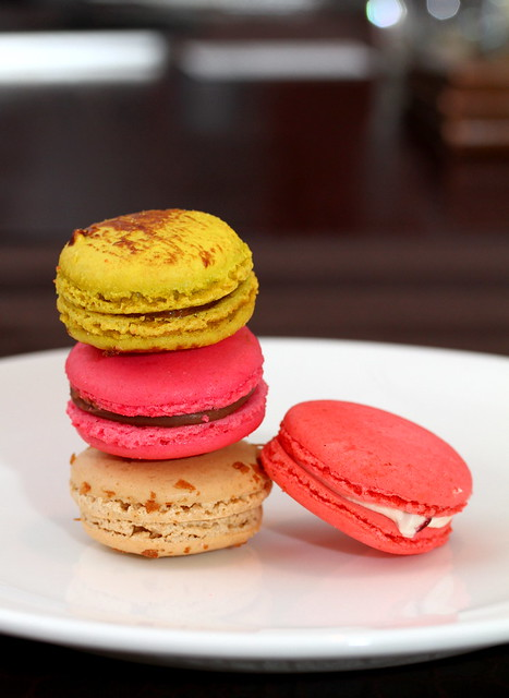 High Society Cafe: Macarons