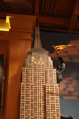 "Lego Empire State @ Toys ""R\"" Us"