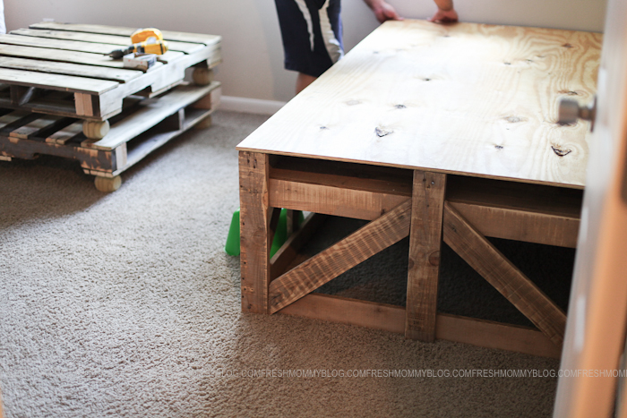 Pallet Bed #PROJECTdecor blog-7