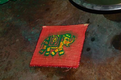 So dass am Ende ein mehrfarbiger Elefant gedruckt wird.