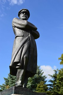 Statue of Captain Edward Smith, RD, RNR in Beacon Park Lichfield