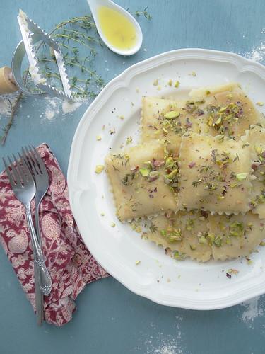 acorn squash ravioli // thyme garlic