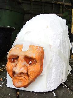 Carving Twitr_janus' cranium