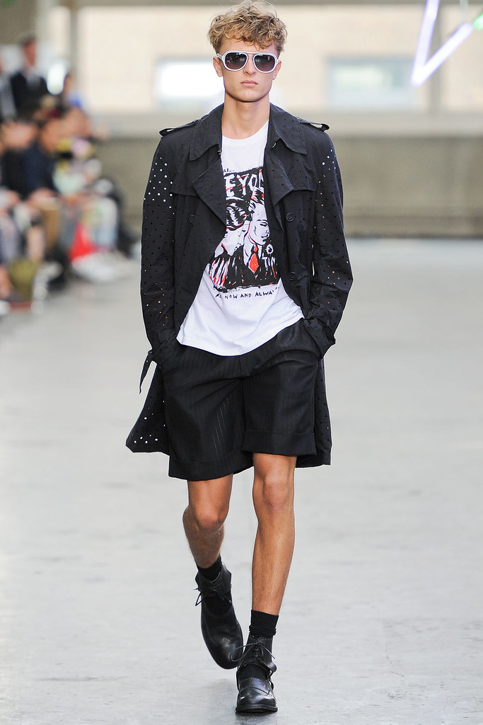 Max Rendell3046_SS13 London Topman Design(VOGUE)
