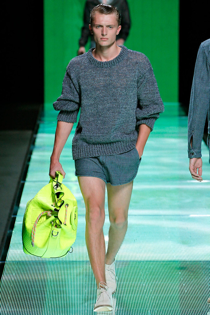 Max Rendell3080_SS13 Paris Louis Vuitton(VOGUE)