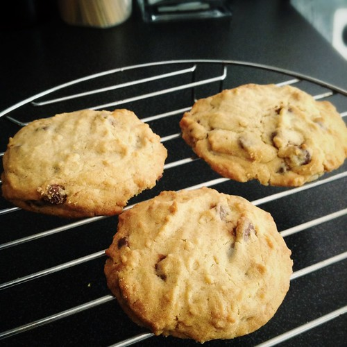 big chewy choc chip cookie
