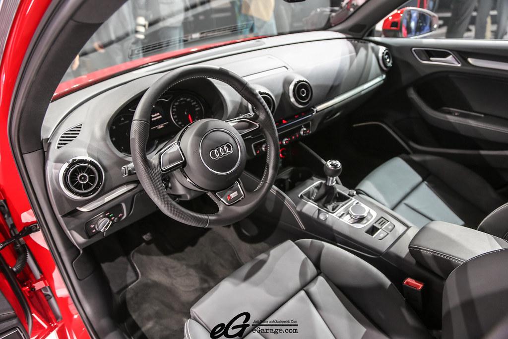 8030377992 c52f410e82 b 2012 Paris Motor Show