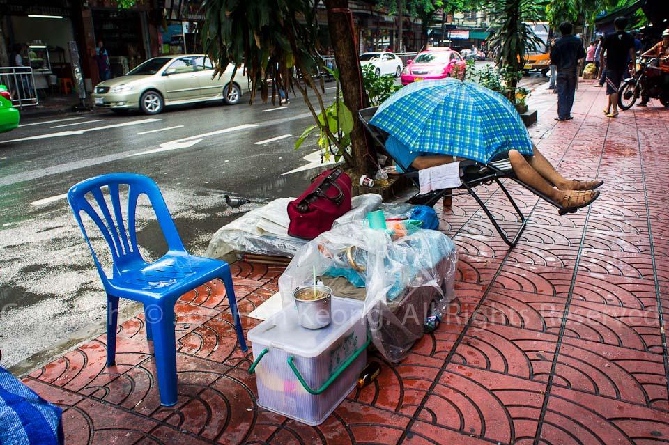 Rest in Rain @ Bangkok, Thailand