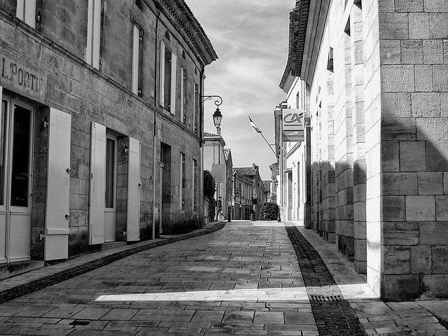 Somewhere in France, Nikon E990
