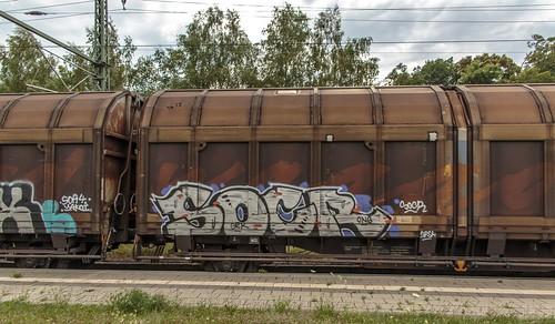 1279_2016_07_08_Baunatal_Guntershausen_DB_152_123_mit_gem_Güterzug_EZ_51835_Graffiti