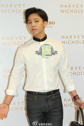 G-Dragon_HarveyNichols-COLOMBO_VIA_DELLA_SPIGA-HongKong-20140806 (59)
