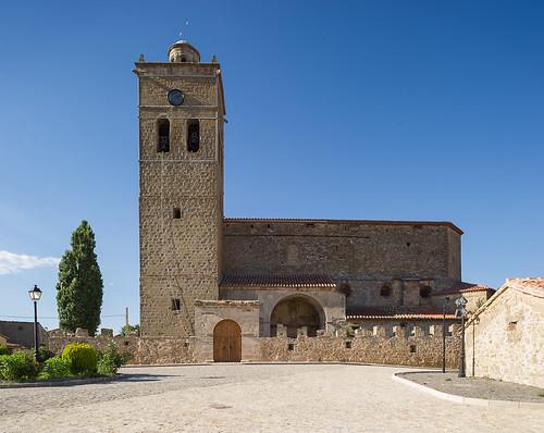 iglesia fortificada de la Asunción, Jabaloyas (Teruel)