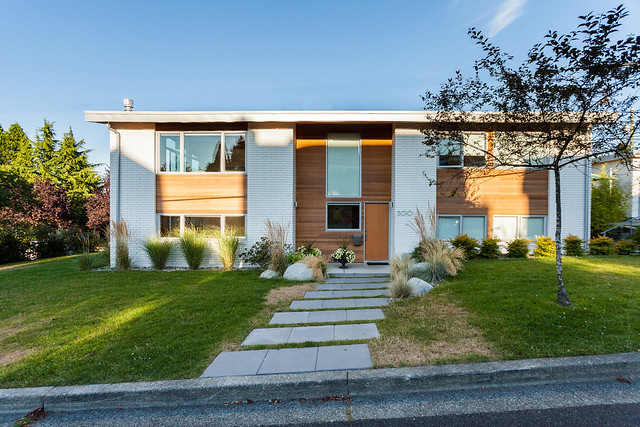 Vancouver Special House Tour
