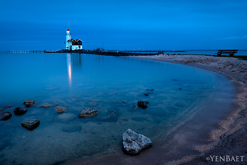 Marken - Marken Lighthouse | Paard Van Marken, Twilight