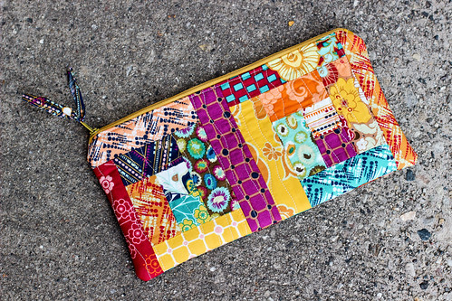 Log Cabin Pouch by Jeni Baker