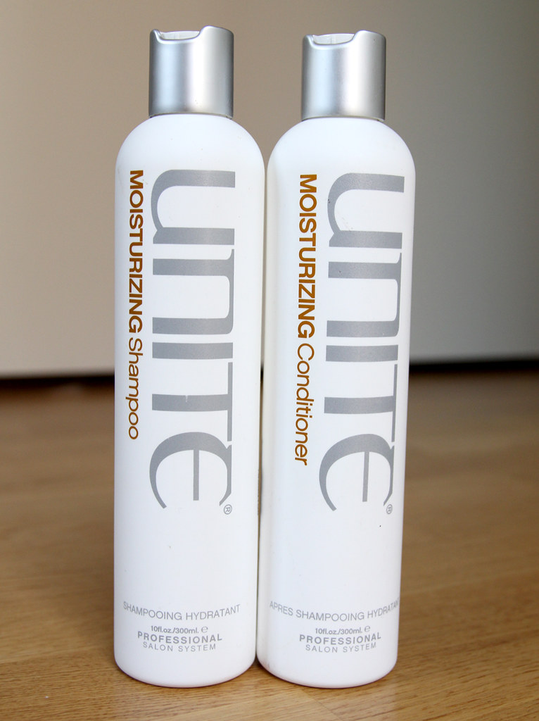 unite moisturizing shampoo + conditioner