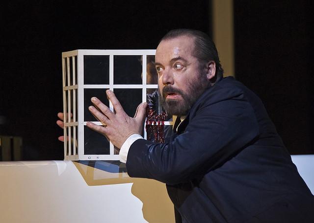 John Tomlinson as Hagen in Götterdämmerung  © Clive Barda ROH 2012