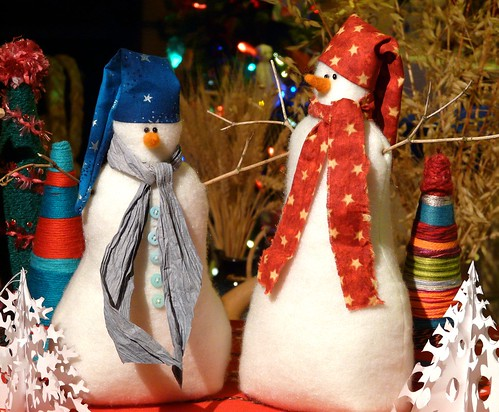 "Snowmen made using pattern and instructions from ""Christmas Crafts Scandinavian Style"""