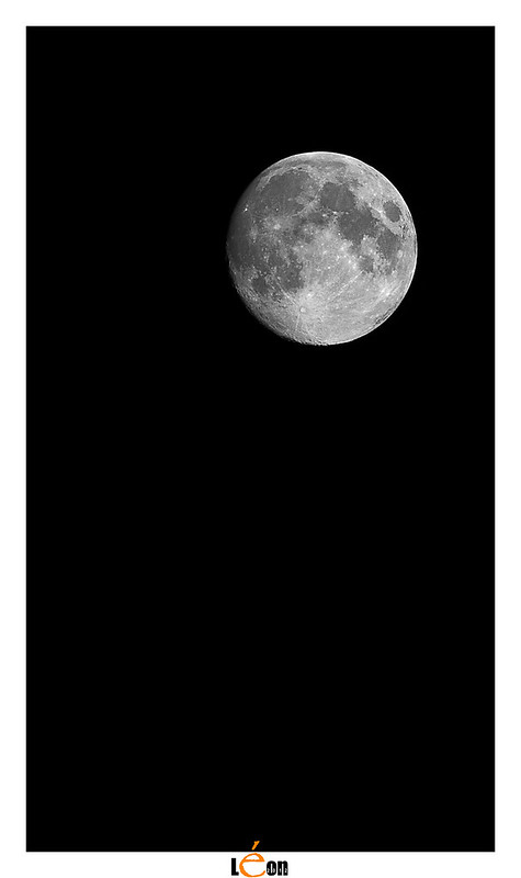 Essai de lune 8033746406_a3a5c9a421_c