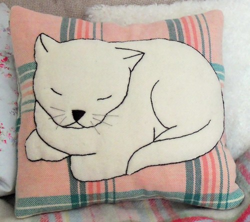Cosy Cat Cushion