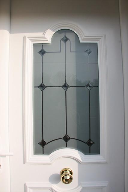 porte entre pvc blanc vitrage decoratif vue exterieure. Black Bedroom Furniture Sets. Home Design Ideas