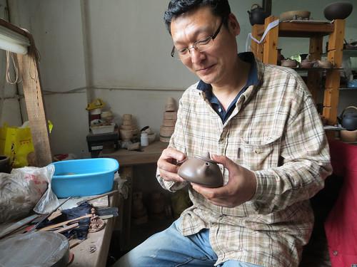 M Wang, potier à Yixing