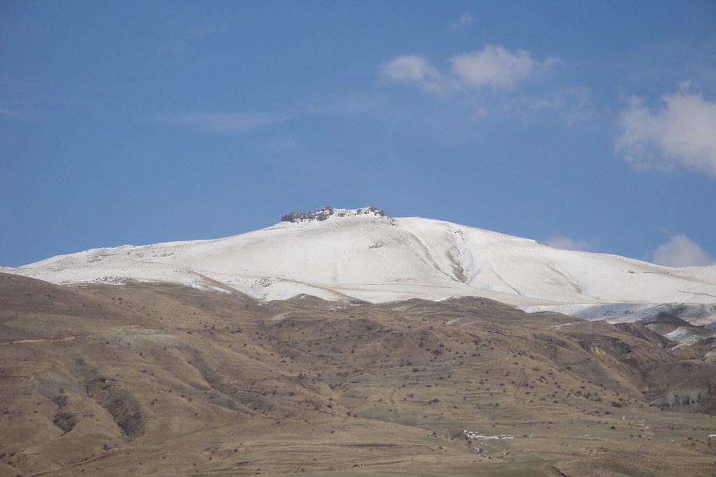 Mount Sangyar, from Bardzruni, 2011.11.03