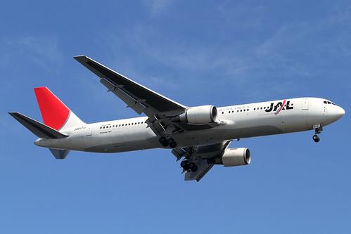 JAL B767-300ER(JA617J)