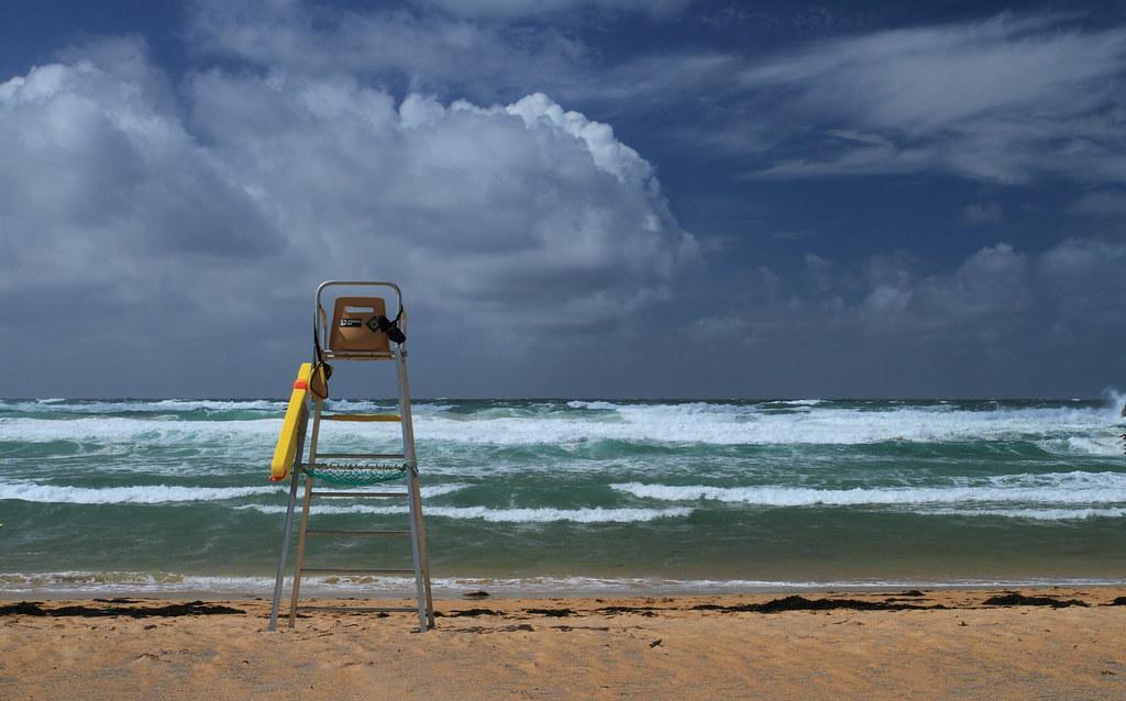 Lifeguard zone 7905417126_44a16756a2_b
