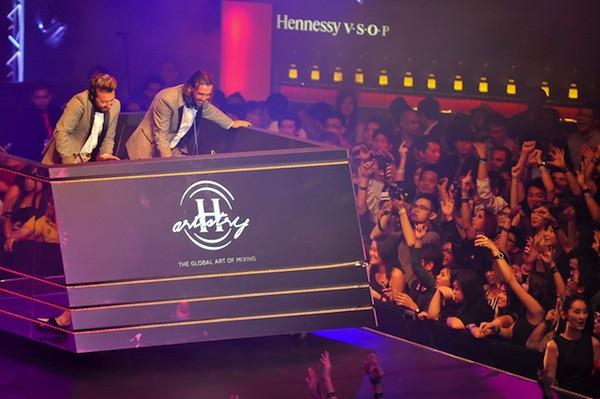 Hennessy Artistry - 009
