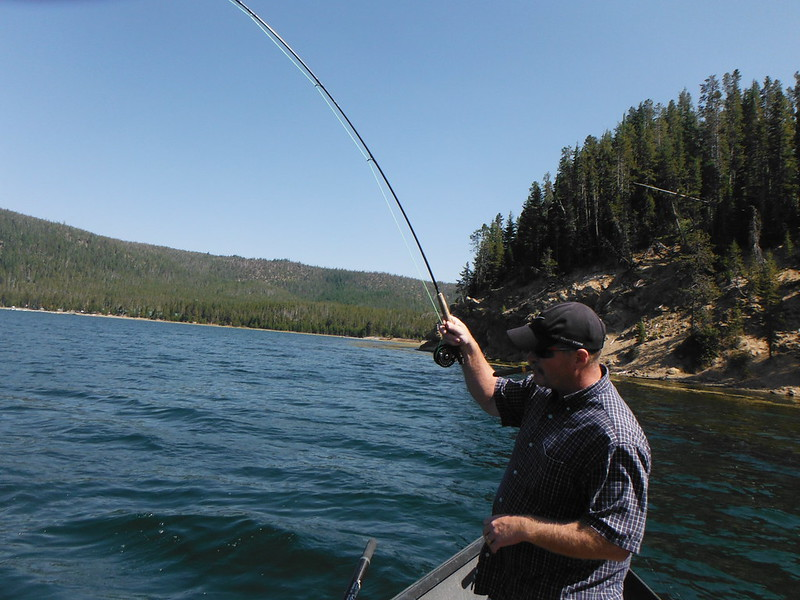 High cascade lake report the caddis fly oregon fly for Oregon fishing report