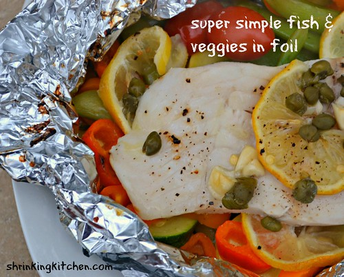 super simple fish & veggies in foil