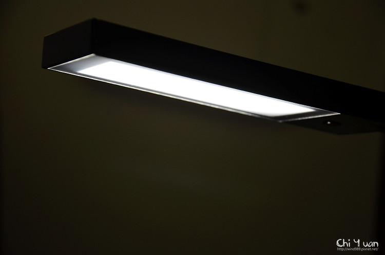 CHIMEI知視家LED檯燈10.jpg