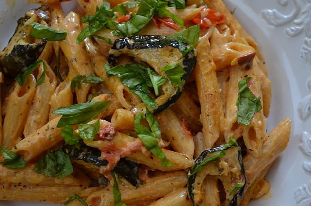 creamy pasta full plate