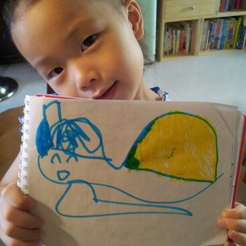20120926 蕎安說是烏龜 媽媽覺得比較像蝸牛。
