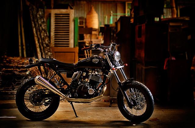 Deus Bali Suzuki DR650